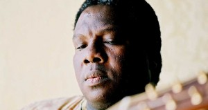 Vusi Mahlasela and special guest Karen Zoid to rock Paul Cluver Amphitheatre