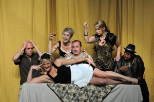 'Don't Dress for Dinner' opens at Montecasino Theatre