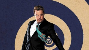 Eddie Izzard brings his self-referential pantomime to Cape Town