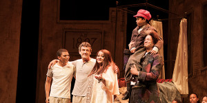 """Uproarious 'Scrooge' ensures a (almost too) """"lekker"""" time at the theatre"""