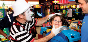 Free holiday fun for the kiddies at Grandwest
