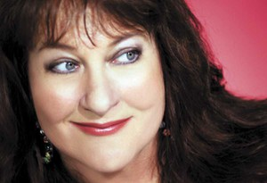 Laurika Rauch to revisit 35 years of hits at Paul Cluver