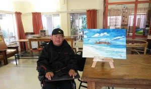 Art Focus: Fighting the pain – one brush stroke at a time