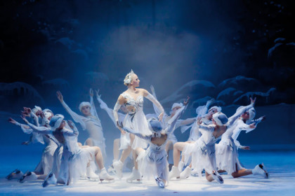 Festive season enchantment with 'Swan Lake on Ice' at The Teatro