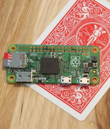 Raspberry-Pi-Zero---A-Computer-smaller-than-a-playing-card