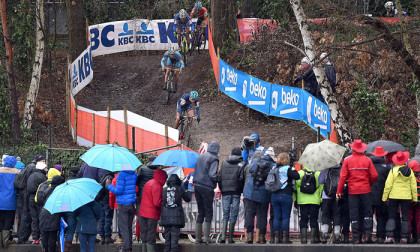 Womens-Under-23-race-of-the-2016-UCI-Cyclo-cross-World-Championships