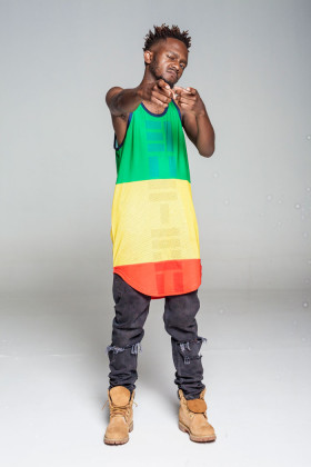 Kwesta-will-be-entertaining-the-crowd-at-the-Salt-Rock-beach-stage