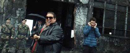 Jonah-Hill-and-Miles-Teller-in-War-Dogs