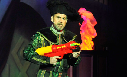 Get into the festive spirit with Honeyman's 'Robin Hood' panto