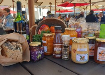 Windmeul Farmers Market celebrates local produce.
