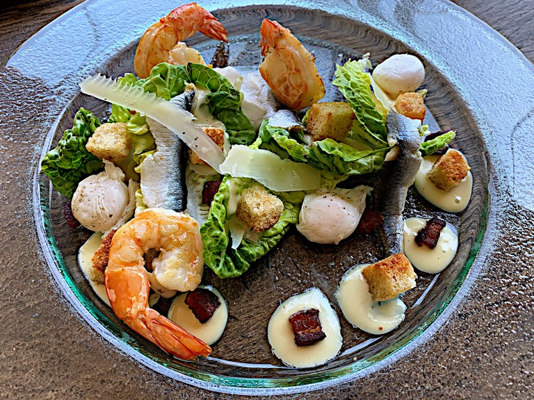 BUITENVERWACHTING RESTAURANT: Go for the Caesar salad; stay for everything else